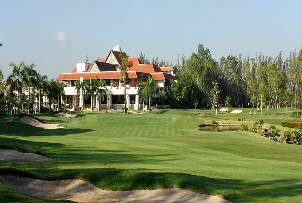 Club House of Muang Kaew Golf Course