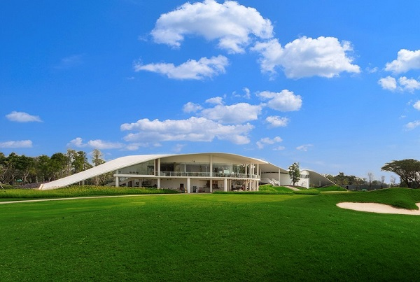 Pattaya Golf Packages - Club House at Pattaya Country Club