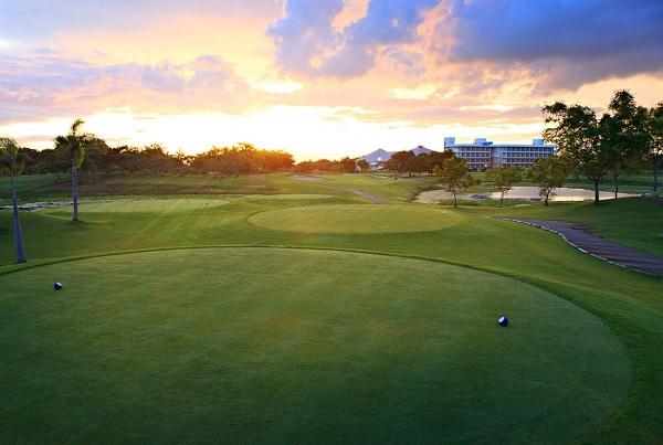 Tee Box at Uniland Golf and Country Club
